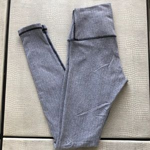 Lululemon Wunder Under Size 6 Herringbone Legging